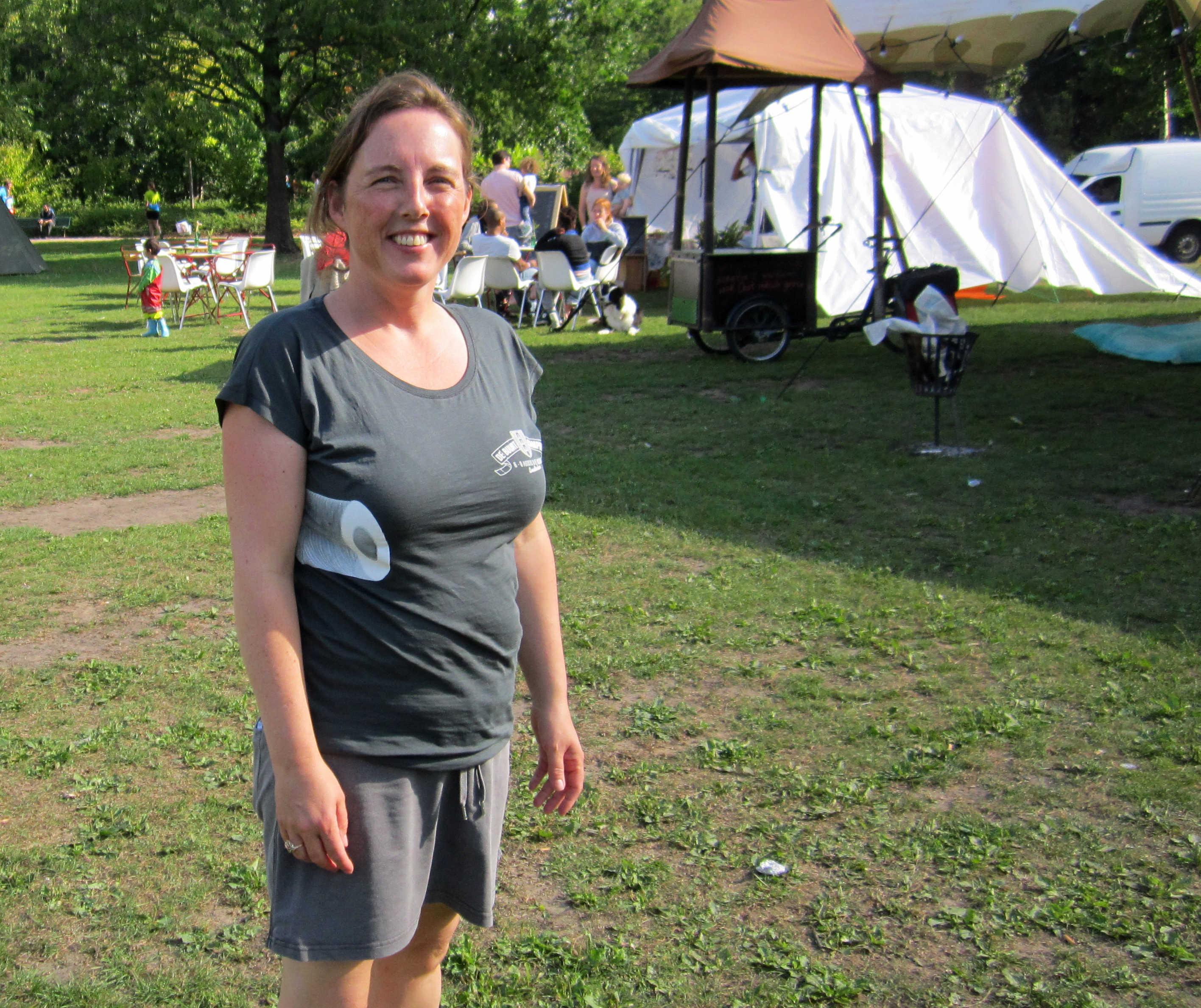 Shirt Met Wc Rol.Een Buurtcamping In Het Oosterpark Geheugen Van Oost