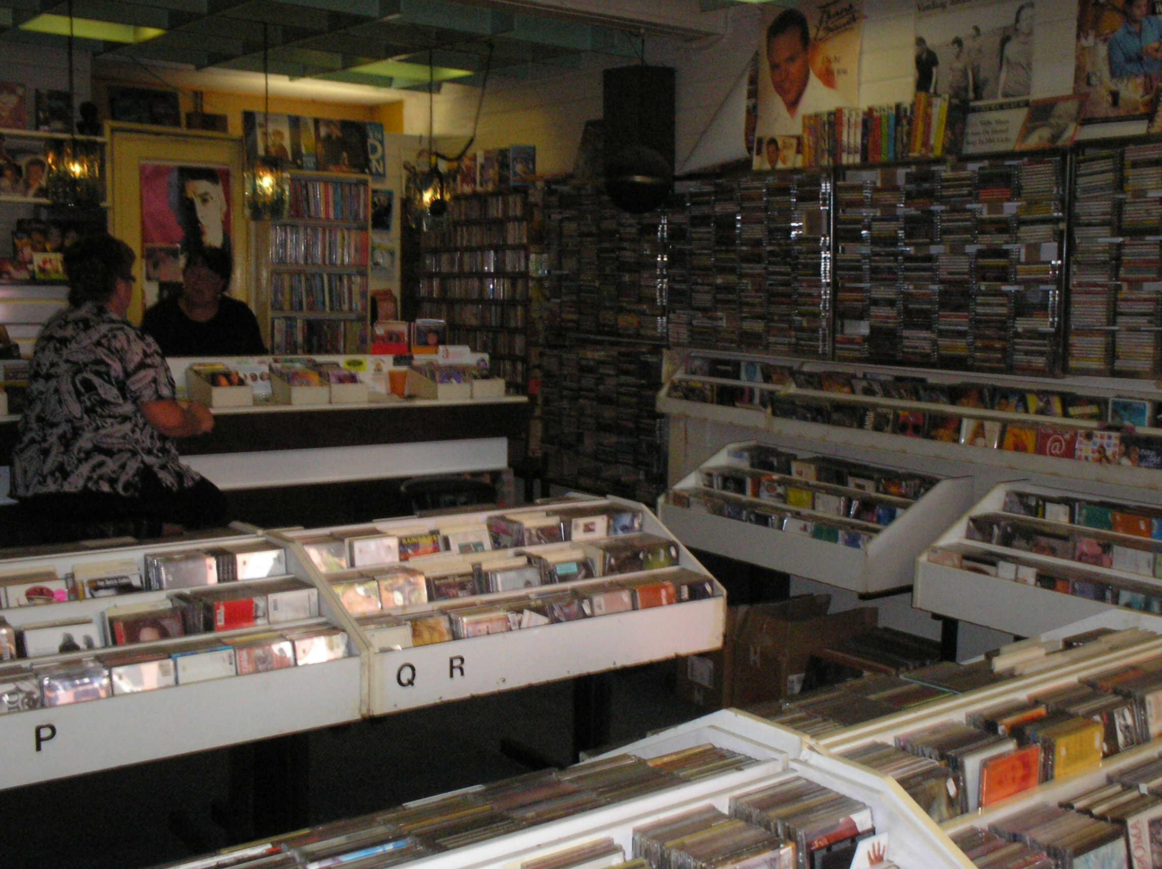 Het interieur van de winkel geheugen van oost for Interieur winkels