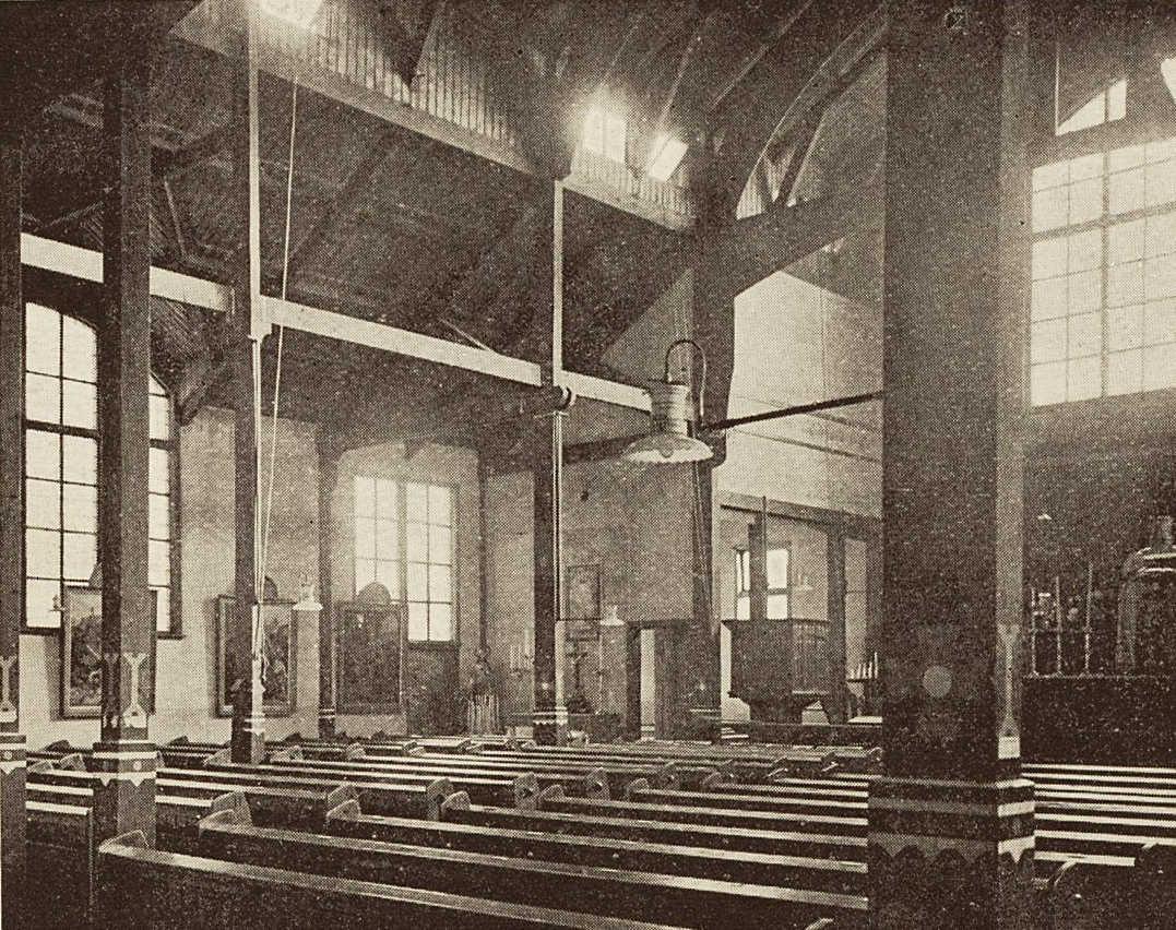 Interieur Hulpkerkje 1920 - Geheugen van Oost
