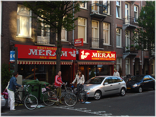 Turks restaurant meram in de pretoriusstraat foto pieter for Meram amsterdam west